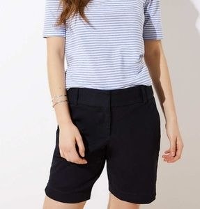 Ann Taylor size 4 black Bermuda shorts